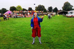 Looby Lou juggling
